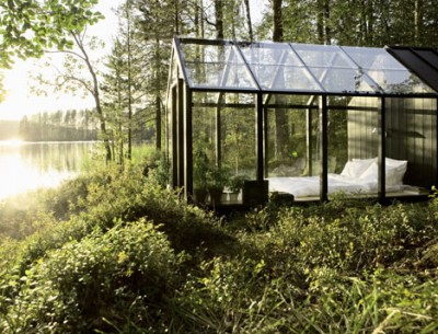 dezeen_Garden-Shed-by-Ville-Hara-and-Linda-Bergroth-01.jpg