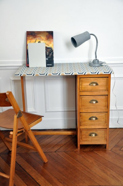 bureau1-2 220 euros.jpg