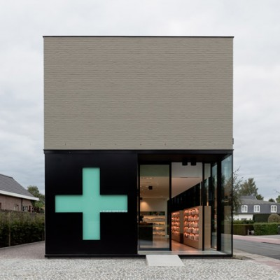 dezeen_Pharmacy-M-by-Caan-Architecten_1.jpg