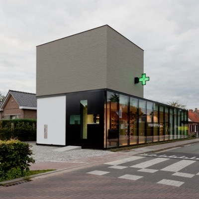 dezeen_Pharmacy-M-by-Caan-Architecten_7.jpg