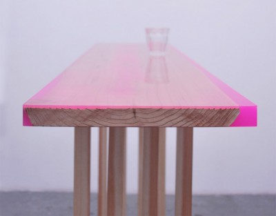 table-design-bois-fluo-6.jpg